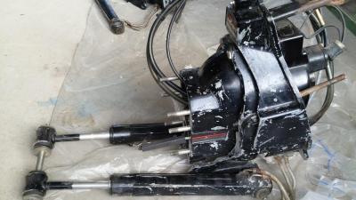Транцевый узел Mercruiser Alpha One с гидроциллиндрами