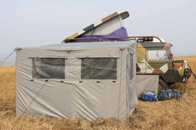 Pinzgauer палатка на сборном нержавеющем каркасе
