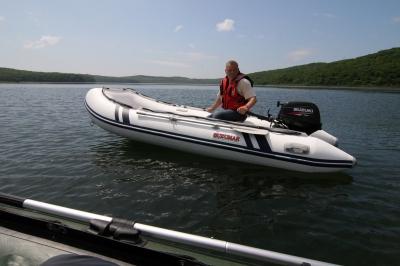 Лодка надувная ПВХ Suzumar DS390AL