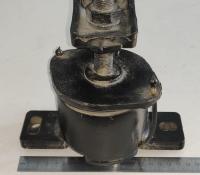 Подушка двигателя Mercruiser V6 V8