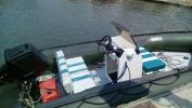 Резиновая лодка - рулевая консоль и диван